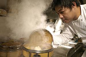 Full steam ahead - a chef working at Pearl Liang
